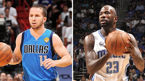 Jose Juan Barea and Jason Richardson