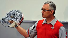 the issue of money for amateur athletes Should college athletes be paid a discussion forum  there was a particular focus on the issue of whether college athletes should be paid for  the upper class money was therefore foreign to amateur athletics at first that was appropriate because, among other reasons, athletics.