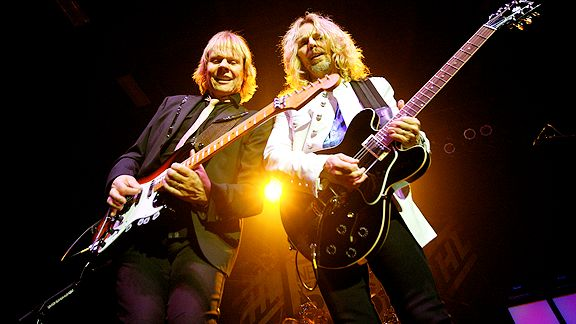 James 'J.Y.' Young and Tommy Shaw