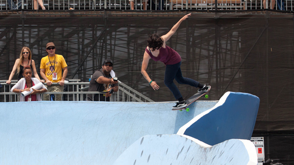 Vanessa Torres at X Games 16.