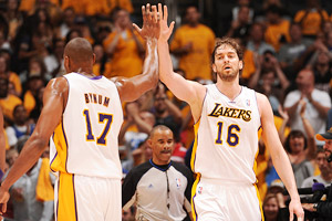 Andrew Bynum, Pau Gasol