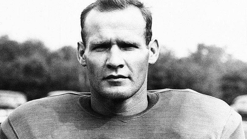 37. Tom Landry, DB