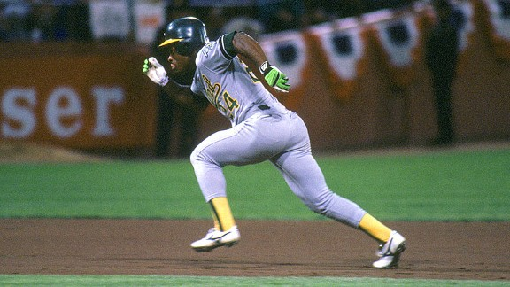 A's left fielder Rickey Henderson takes off running during the 1989 World Series against the Giants.