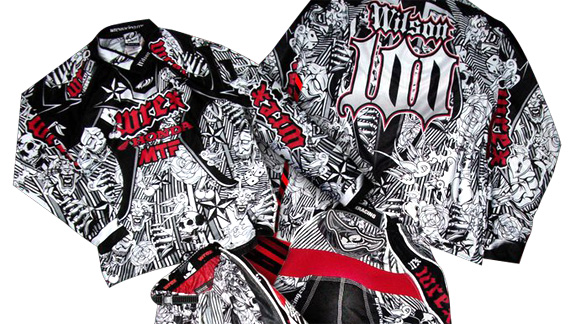 Wrex Racing Lets You Create Your Own Custom Motocross Gear
