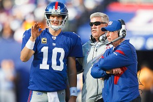 Eli Manning, Kevin Glibride and Tom Coughlin