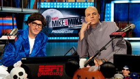 Greenberg as Austin Powers, Golic as Dr. Evil