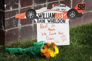 Dan Wheldon sign