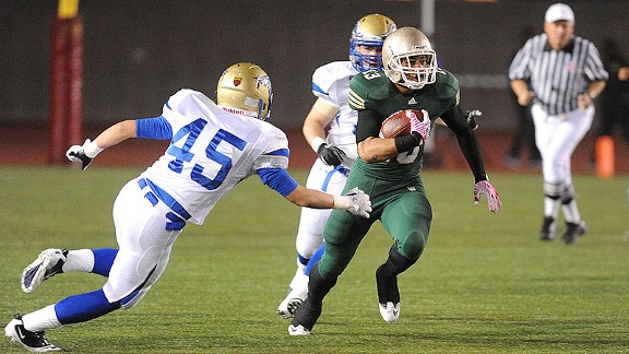 Long Beach Poly RB Manusamoa Luuga