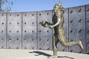 A statue of Pat Tillman