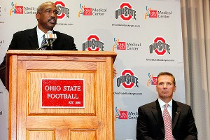 Gene Smith, Urban Meyer