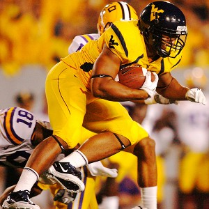 West Virginia Mountaineers running back Shawne Alston