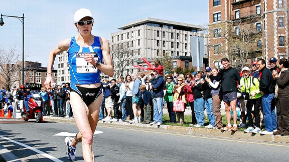 Deena Kastor is set to run in the Olympic marathon trials in Houston on Saturday.