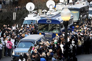 Joe Paterno mourners