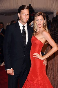 Tom Brady and Gisele Bundchen arrive at a Metropolitan Museum of Art gala.