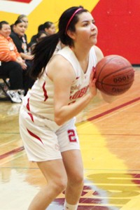 Evelyn Herrera, CalHiSports, girls basketball
