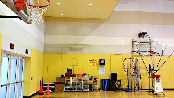 noah basketball machine