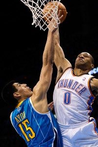 Russell Westbrook, Gustavo Ayon
