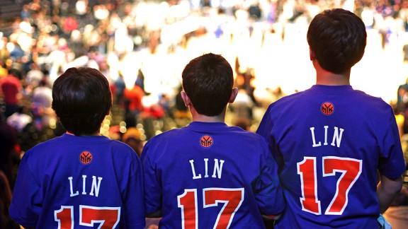 Jeremy Lin fans