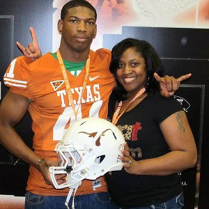 Deoundrei Davis and his mother