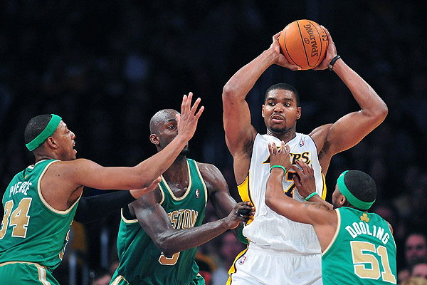 http://a.espncdn.com/photo/2012/0311/nba_u_bynum_gb1_600.jpg