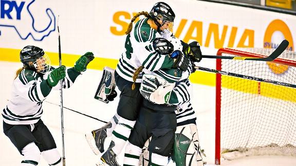 Duxbury Girls Hockey