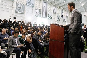 Nfl_g_tebow_gb2_300