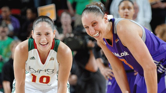 Wiseguys prefer Sue Bird (left) and Diana Taurasi over women's college hoops.