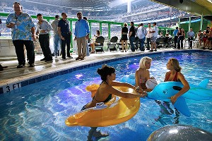 Marlins Pool