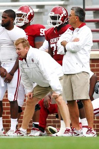 Mike Stoops, Tim Kish