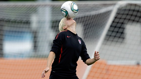 Megan Rapinoe has had plenty of funny moments in the last few weeks -- but now she's getting back to business at national team training camp in Florida.
