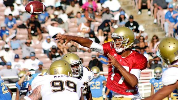 UCLA quarterback Brett Hundley.