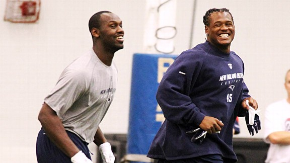 Chandler Jones and Donta Hightower