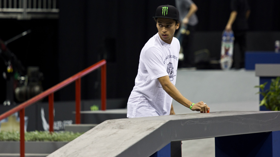 Nyjah Huston returned to the top of the qualifying results yet again at the first stop of the 2012 Street League Series in Kansas City, Mo.