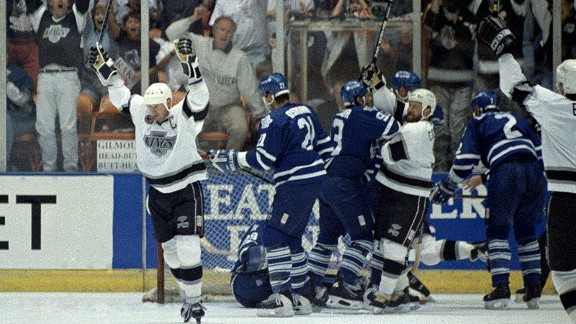 1993 Los Angeles Kings celebrate