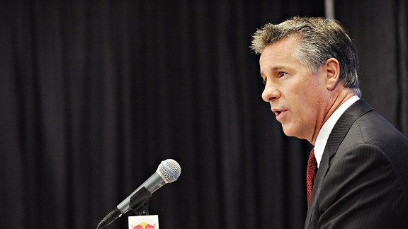 Olshey gets right to work as new GM of Blazers