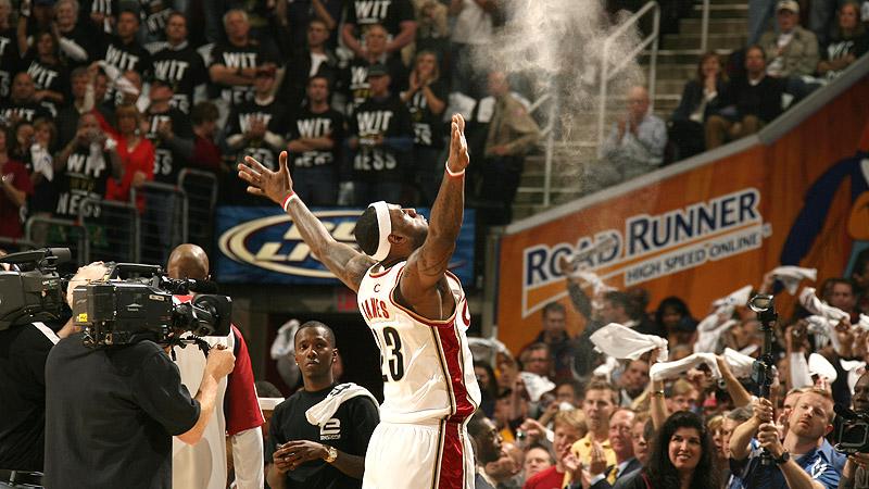Chalk Walk - LeBron James Career Gallery - ESPN