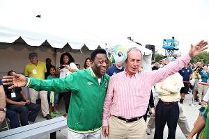 Pele & Bloomberg