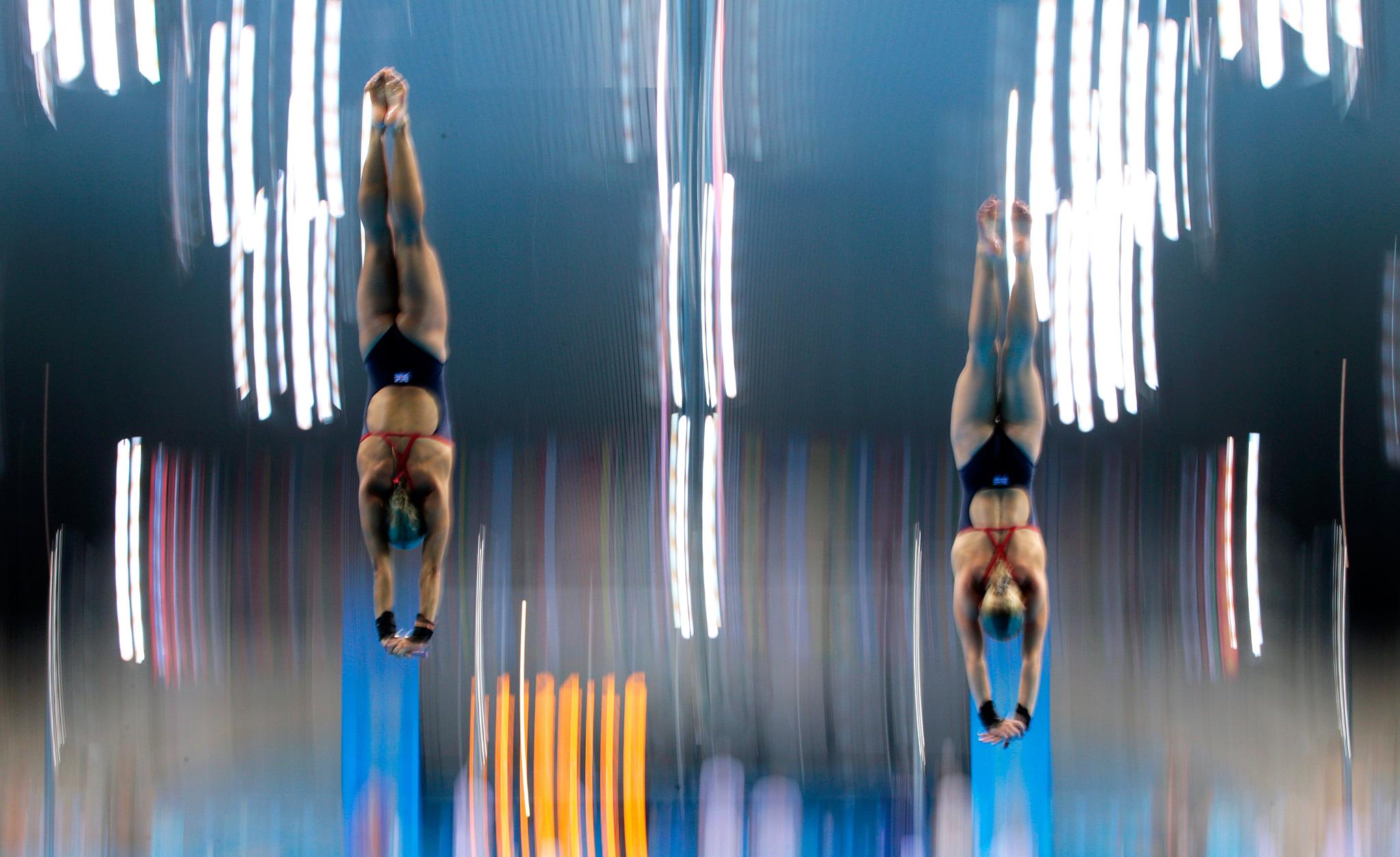 Women's Team Dive