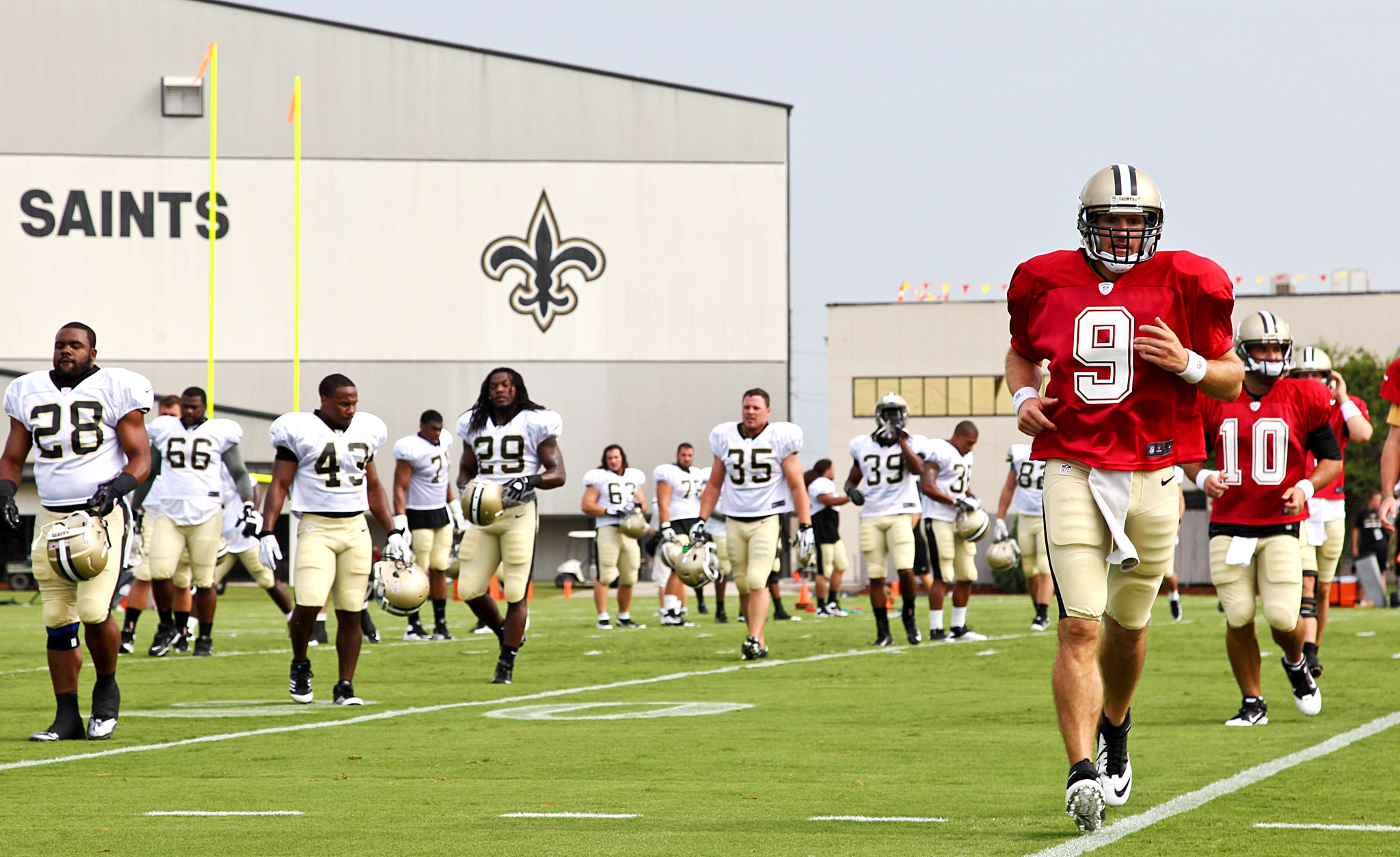 Drew Brees and teammates