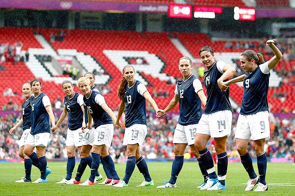 IMAGE(http://a.espncdn.com/photo/2012/0731/espnw_a_us-soccer01jr_600.jpg)
