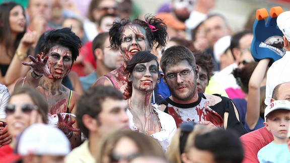 Zombie fans