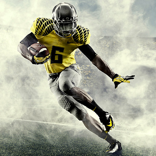 Oregon Ducks unveil new football uniforms - ESPN