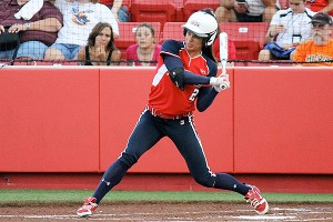 Jessica Mendoza had a triple and two home runs, but it was not enough against the Racers.