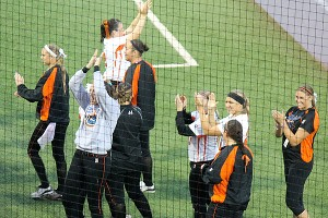 Bandits players waved to fan from the field after their series against the Pride was canceled because of rain.