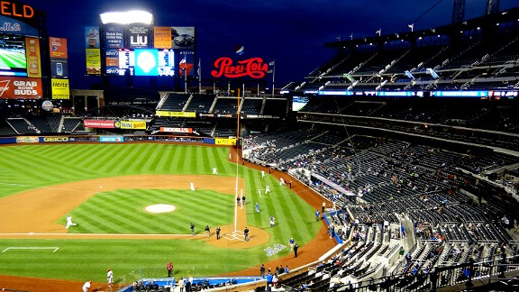 http://a.espncdn.com/photo/2012/0920/ny_e_citifield_b1_576.jpg