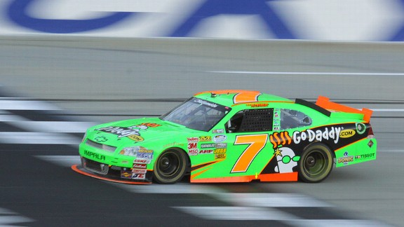 A day after meeting interim crew chief Ryan Pemberton, Danica Patrick finished 14th at Kentucky Speedway.