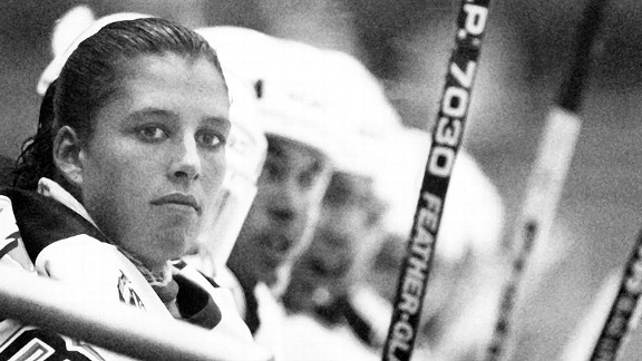Manon Rheaume during a game against the St. Louis Blues