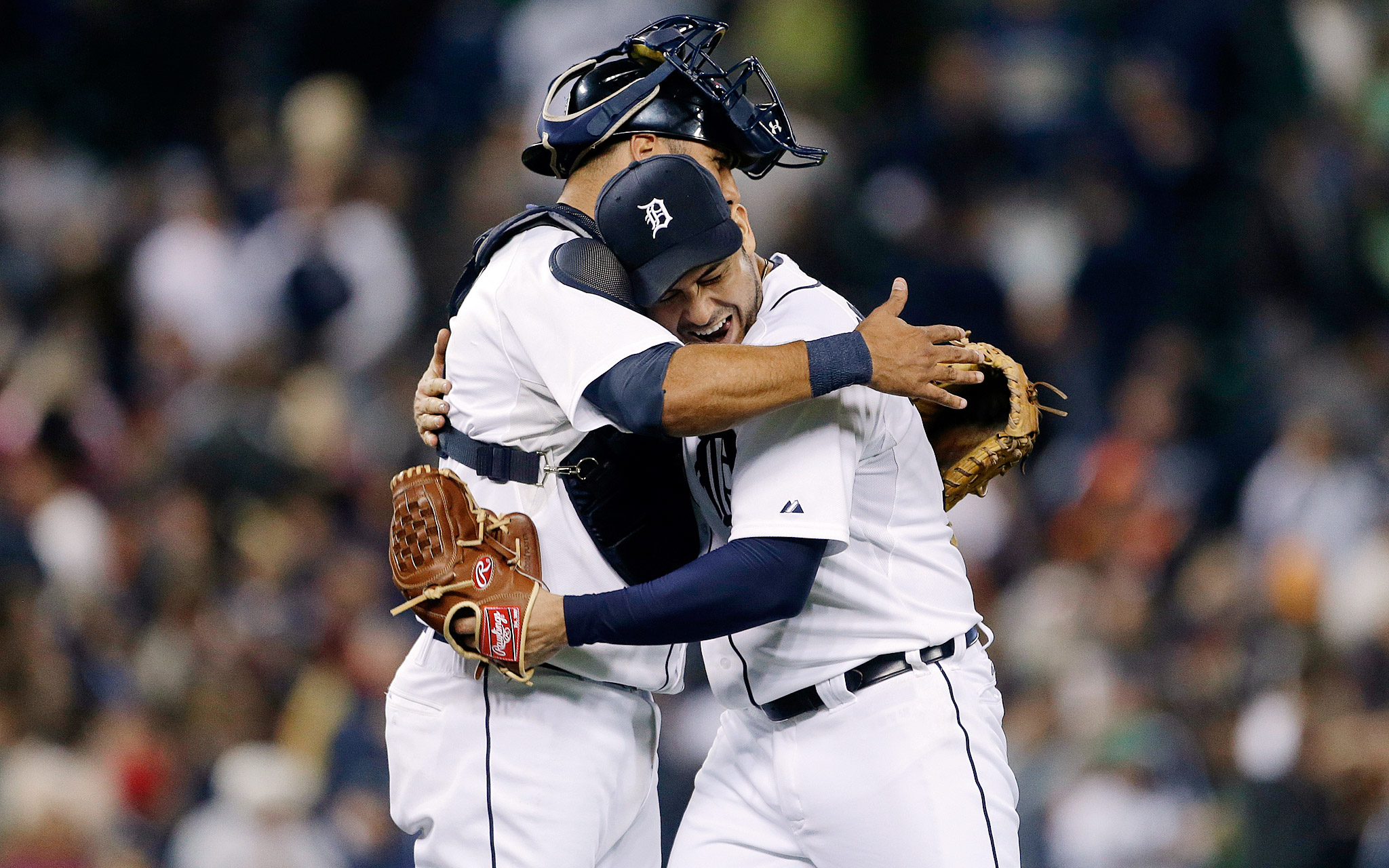 Tigers Top Royals