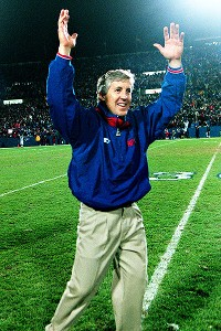 Pete Carroll celebrating win in 1998 after controversial call