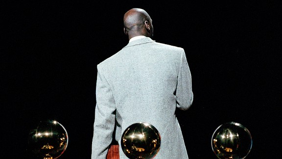 Michael Jordan at a 1993 trophy ceremony